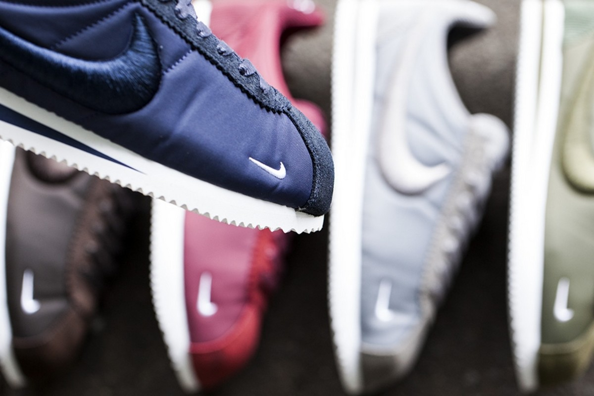 nike-classic-cortez-sp-and-benassi-solarsoft-slide-sp-02