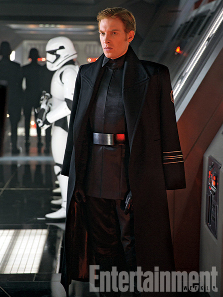 new-images-from-star-wars-the-force-awakens-08