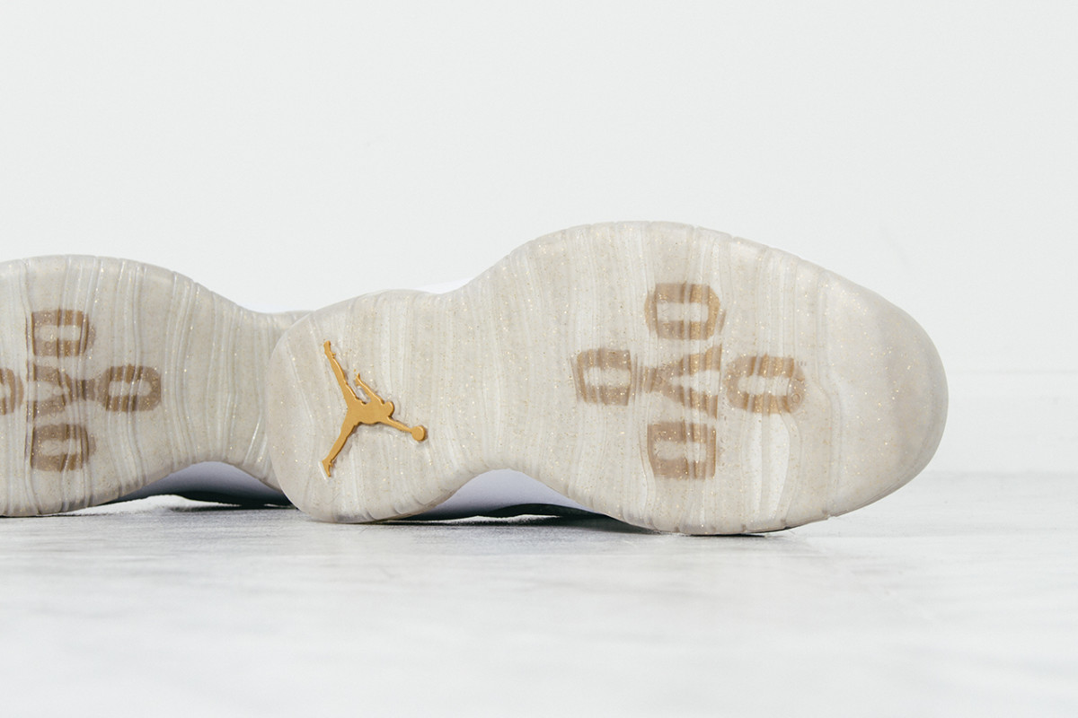 air-jordan-10-retro-ovo-closer-look-06