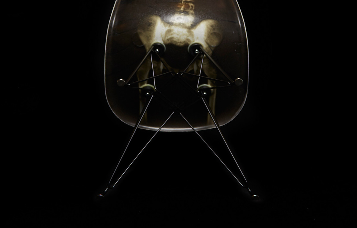 dr-woo-modernica-limited-edition-chair-04