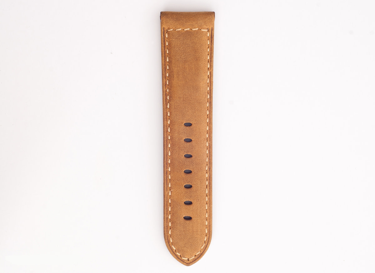nomad-strap-for-apple-watch-02