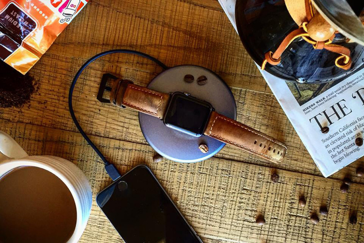 nomad-strap-for-apple-watch-00