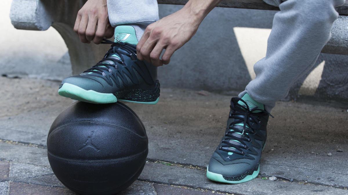 jordan-brand-unveils-holiday-2015-collection-06