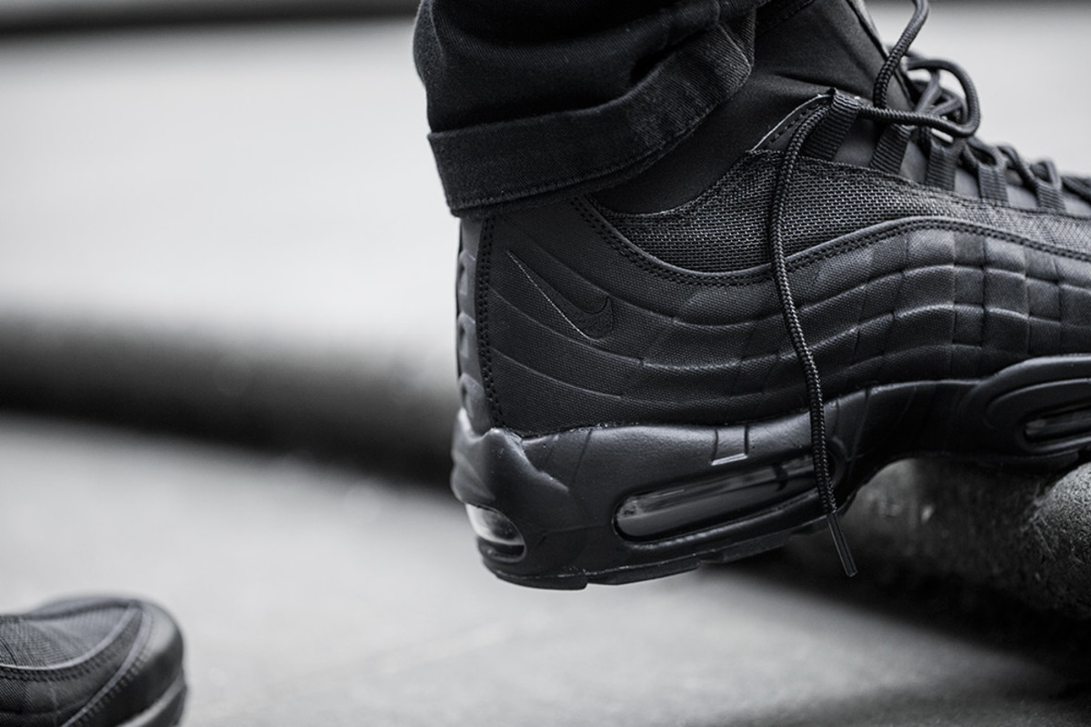 nike-air-max-95-sneakerboot-03
