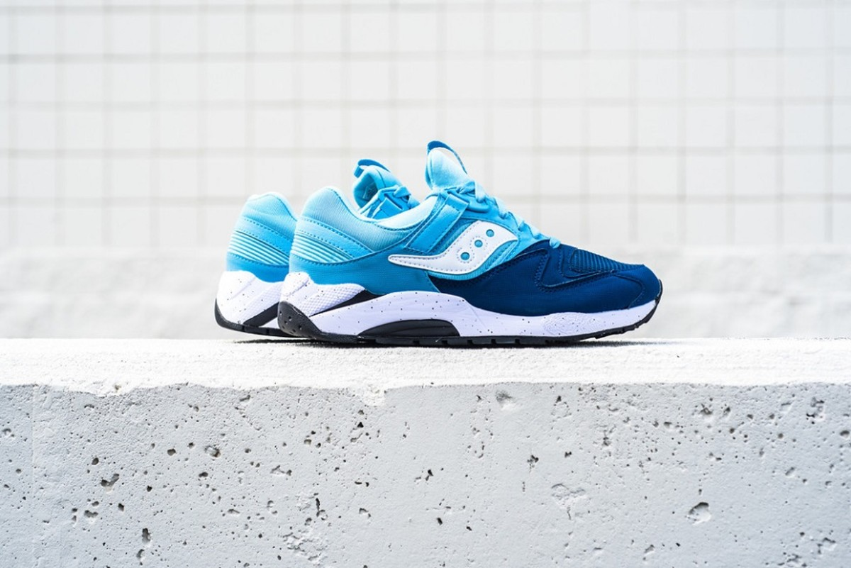 the-refreshingly-cool-saucony-grid-9000-in-navy-blue-white-1