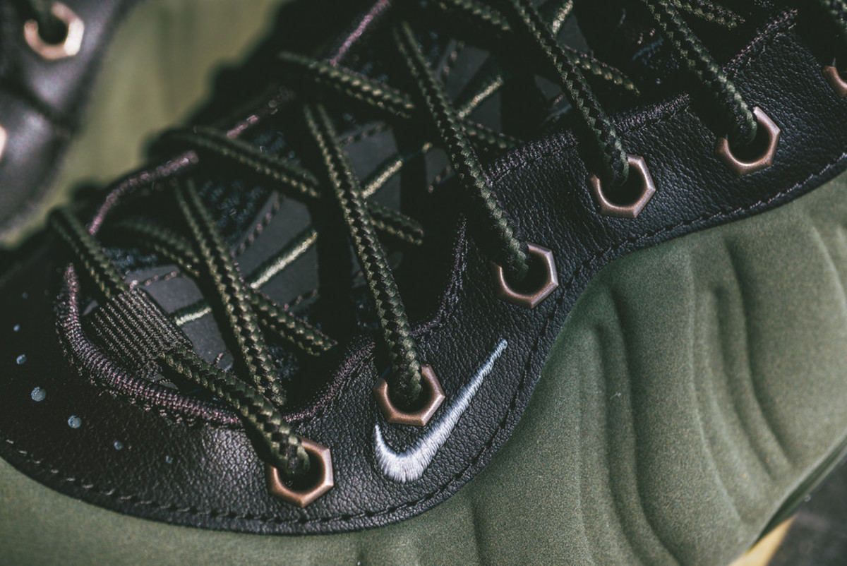 nike-air-foamposite-one-olive-02
