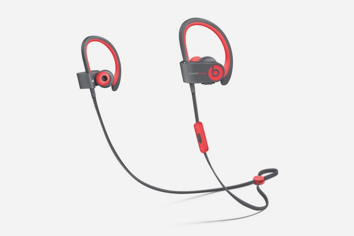 get-moving-with-the-beats-by-dre-active-collection-3
