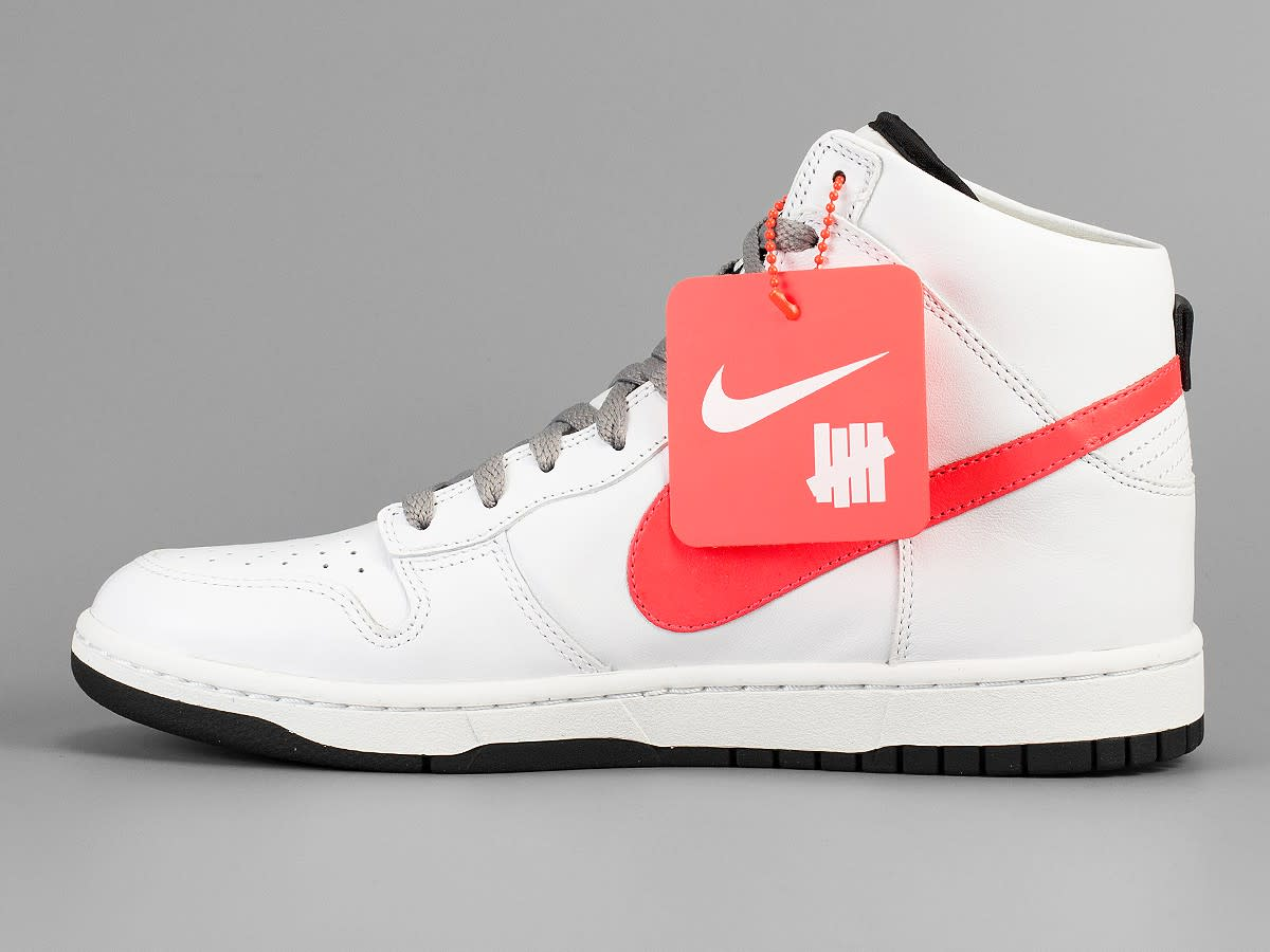 undefeated-nikelab-dunk-lux-01