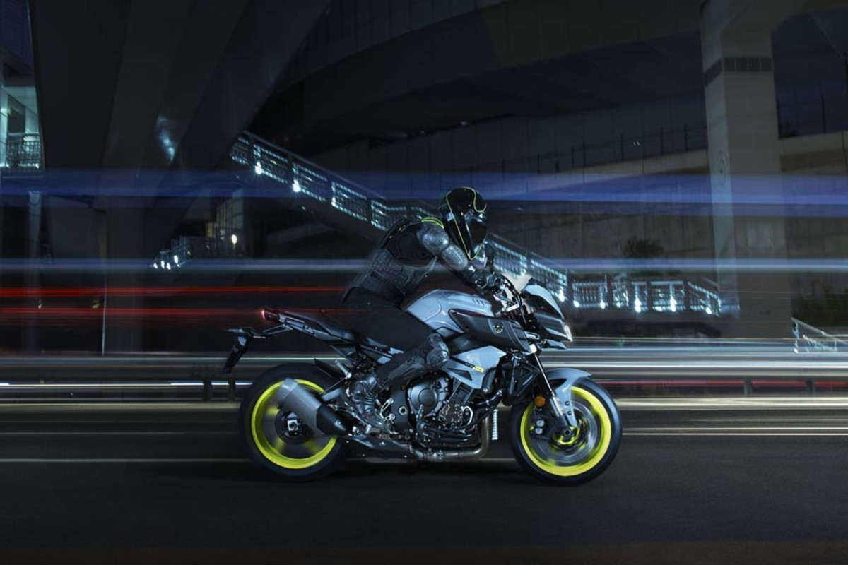 yamaha-mt-10-motorcycle-06