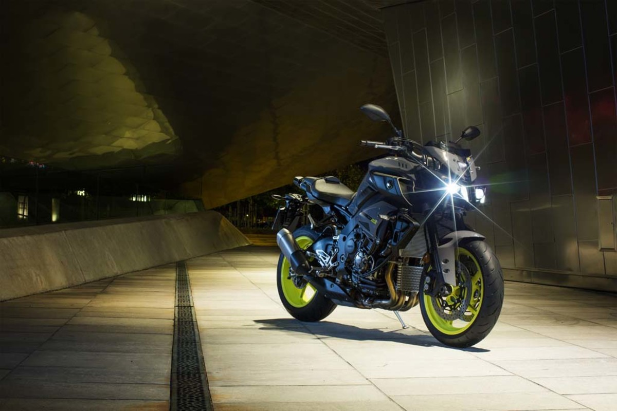 yamaha-mt-10-motorcycle-01