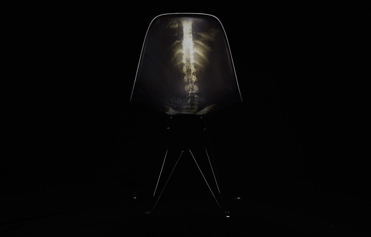 dr-woo-modernica-limited-edition-chair-03