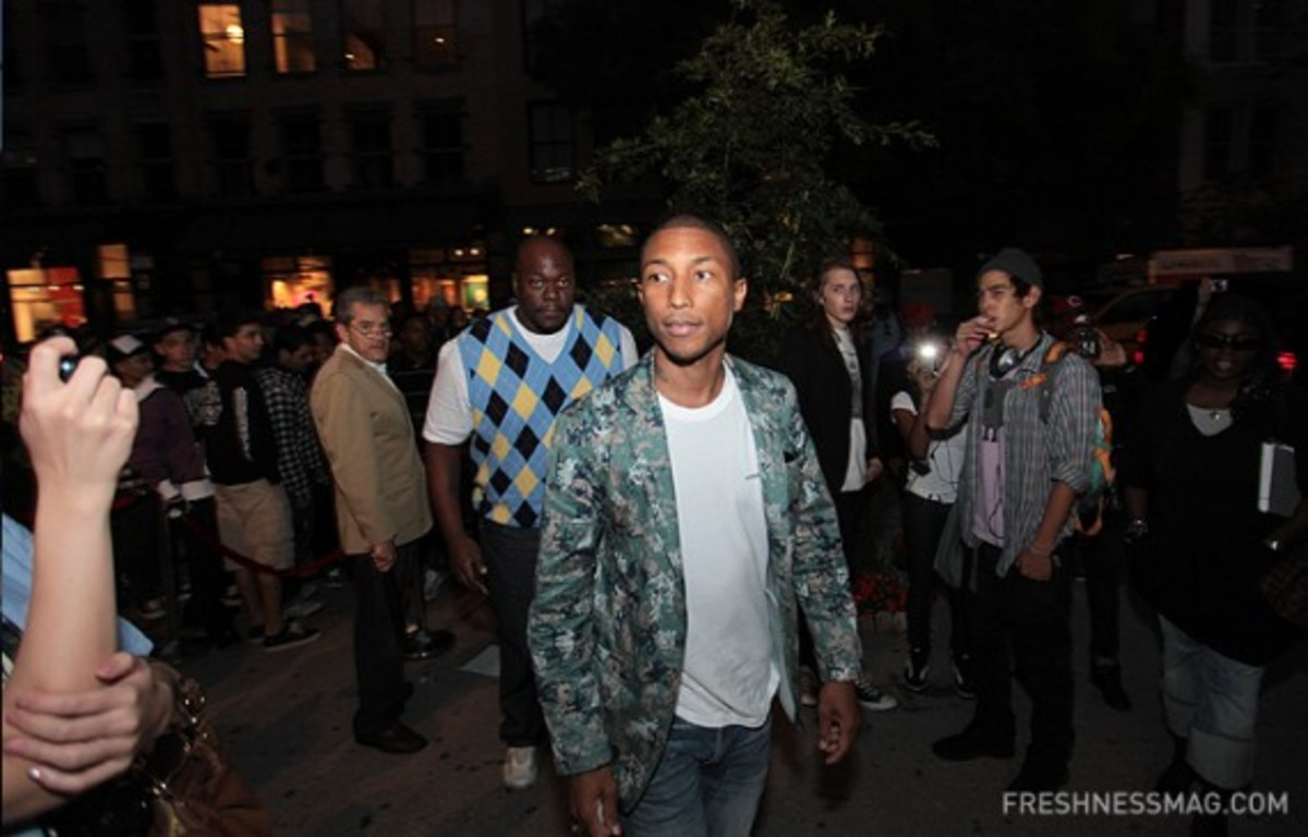 bbc-pharell-williams-fashions-night-out-111