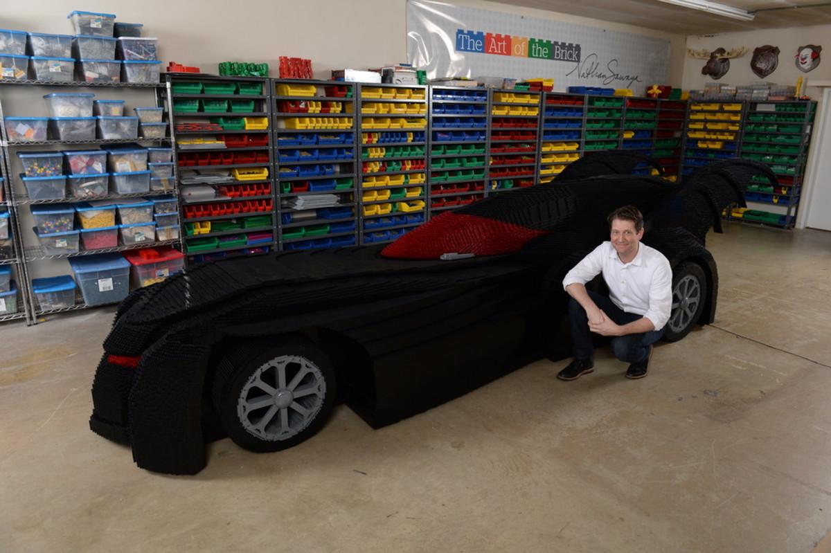 check-out-the-worlds-largest-lego-batmobile-01