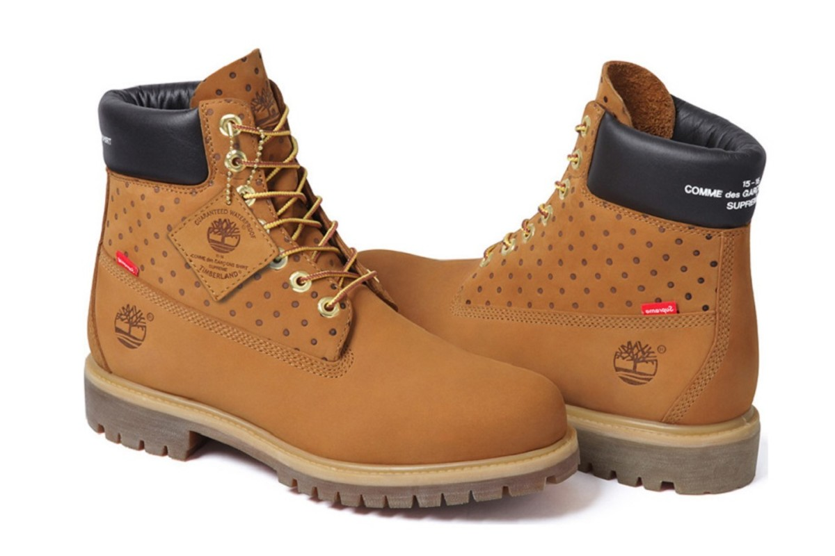 comme-des-garcons-x-supreme-x-timberland-6-inch-boot-2