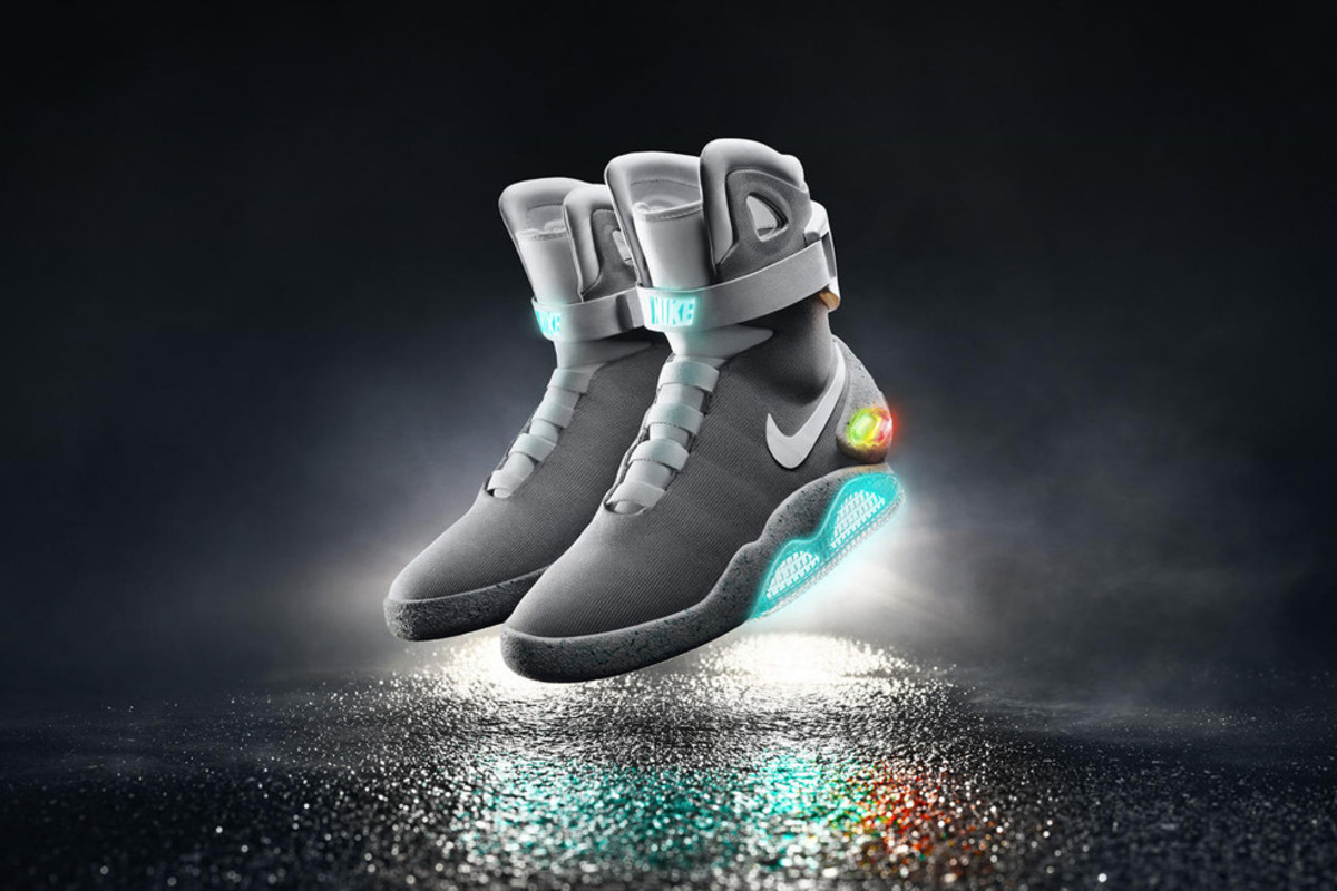 self-lacing-nike-mag-2015-release-details-000