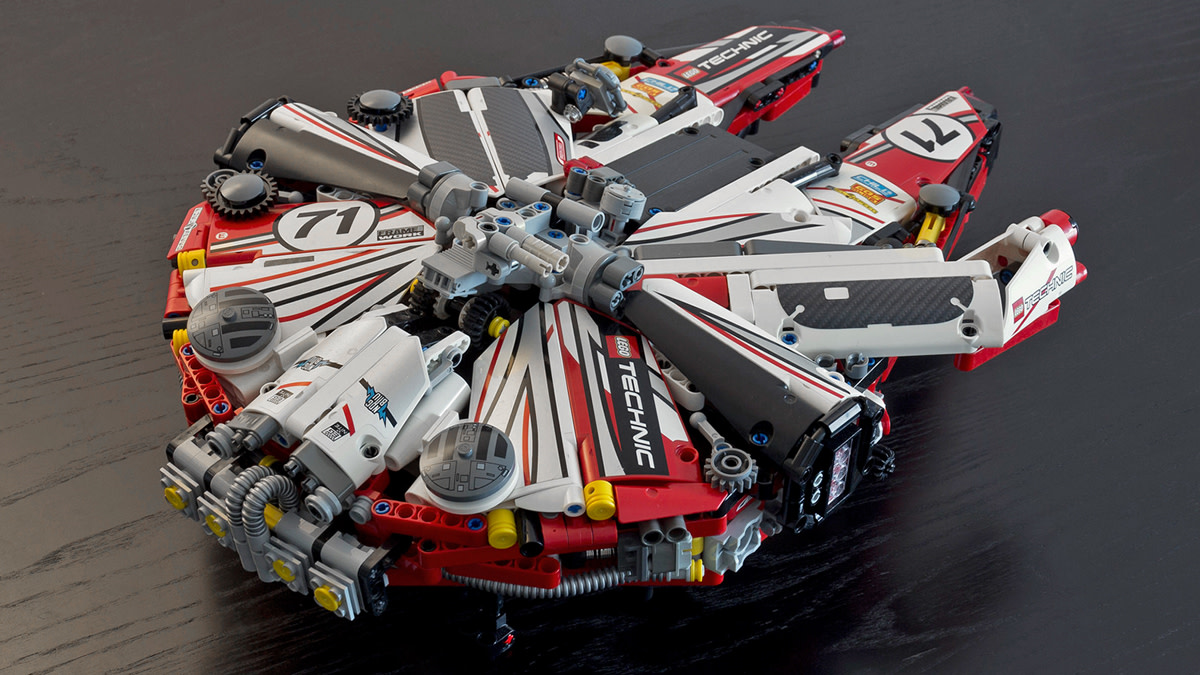 lego-millennium-falcon-racing-livery-02