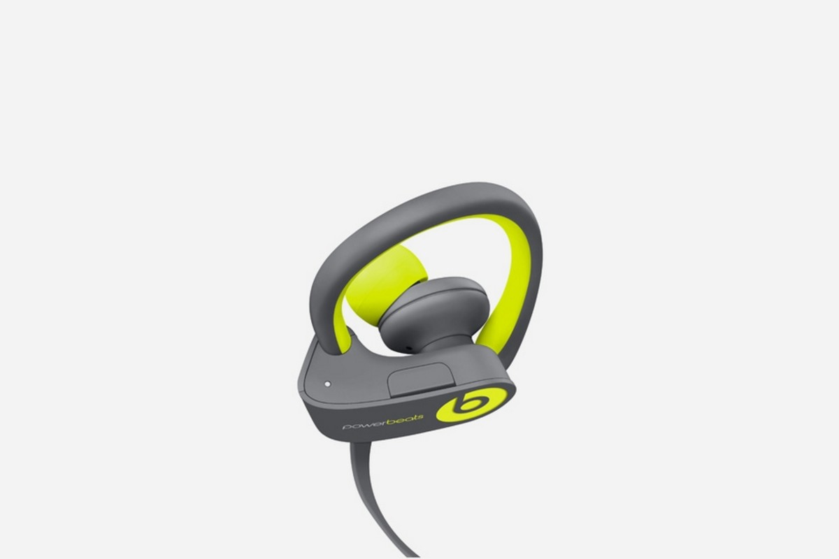 get-moving-with-the-beats-by-dre-active-collection-5