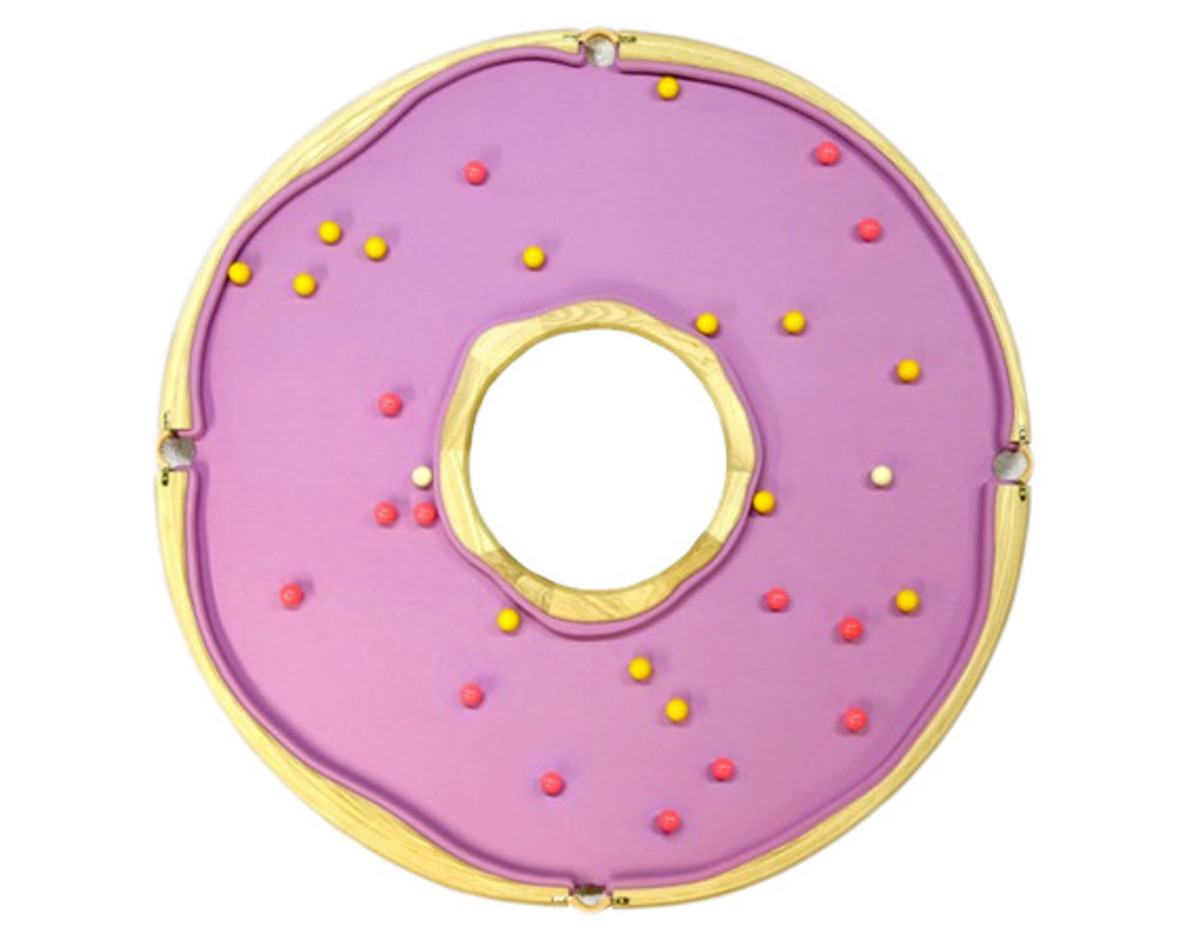 donut-shaped-pool-table-00