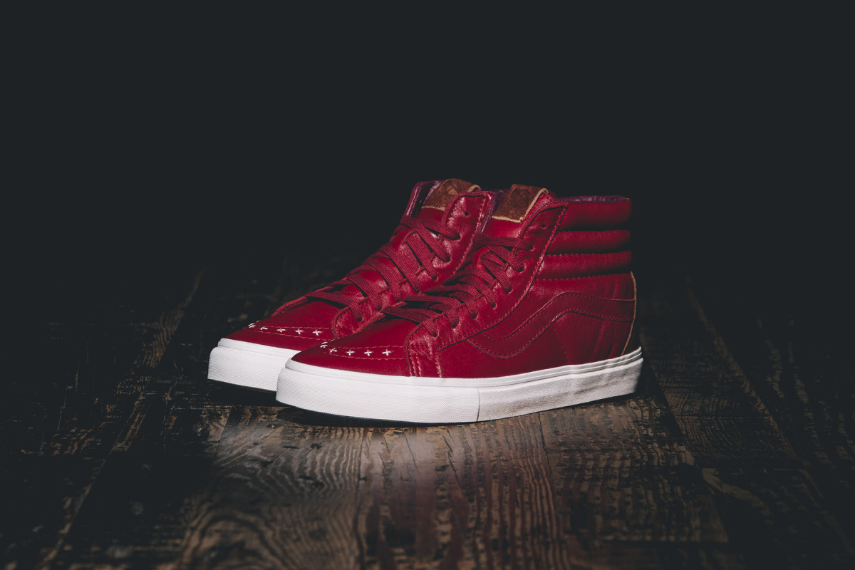 wish-vault-by-vans-fine-wine-and-olives-pack-02