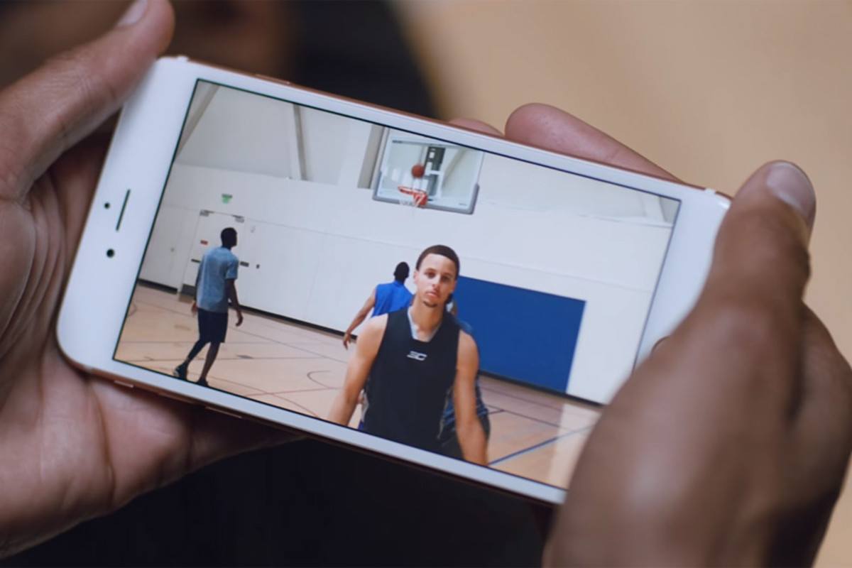 new-iphone-6s-ads-starring-steph-curry-and-jamie-foxx