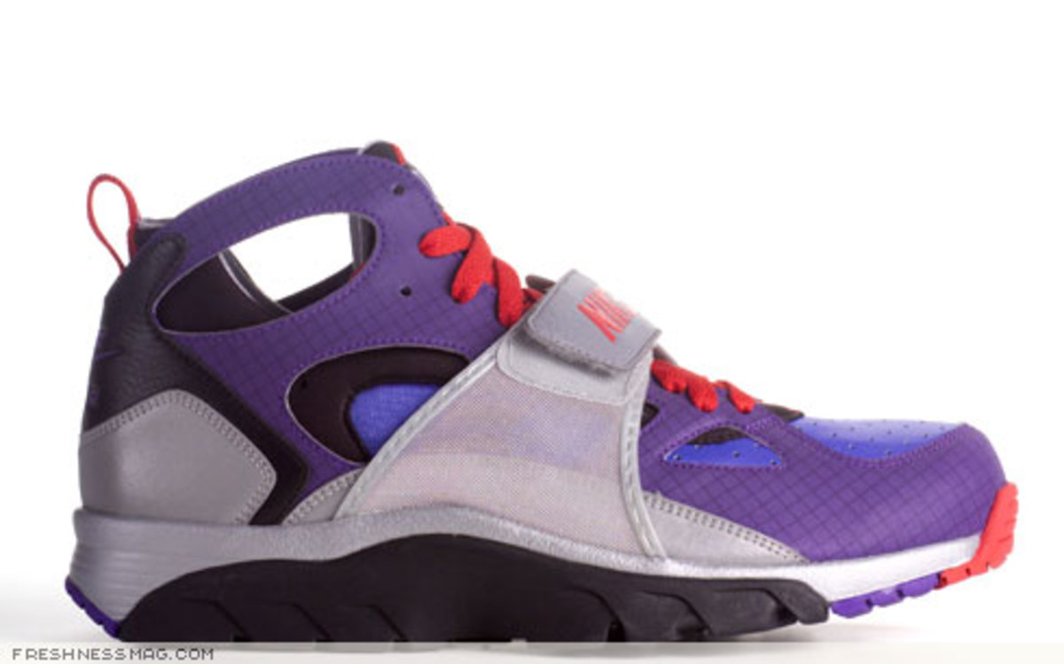 Freshness Exclusive: Nike x Transformers Pack - 8