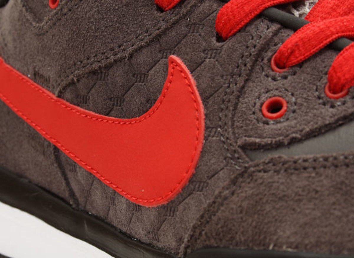 nike-sb-p-rod-3-midnight-fog-sport-red-3