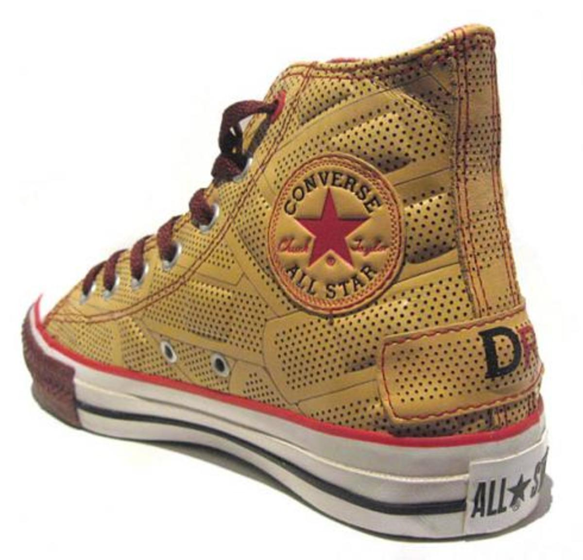 dr-romanelli-converse-red-chuck-high-2.jpg