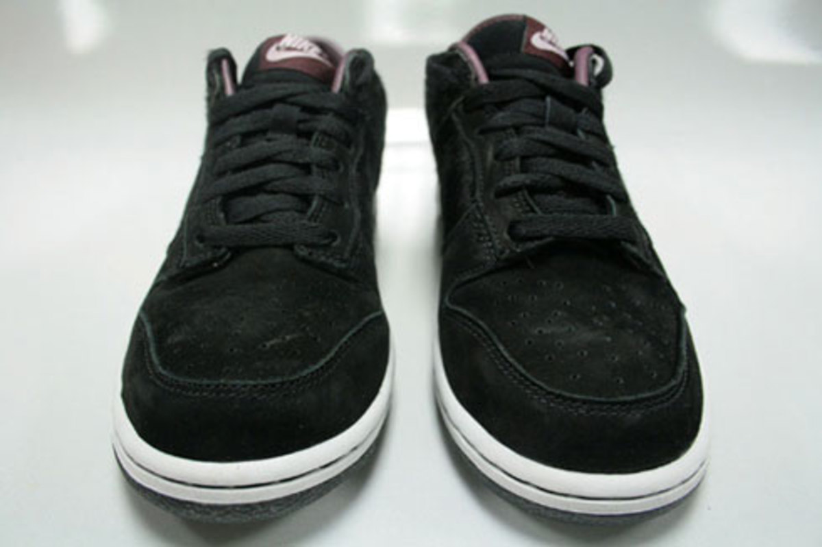 WMNS Dunk Low Premium - Horse Pack - Black - 2