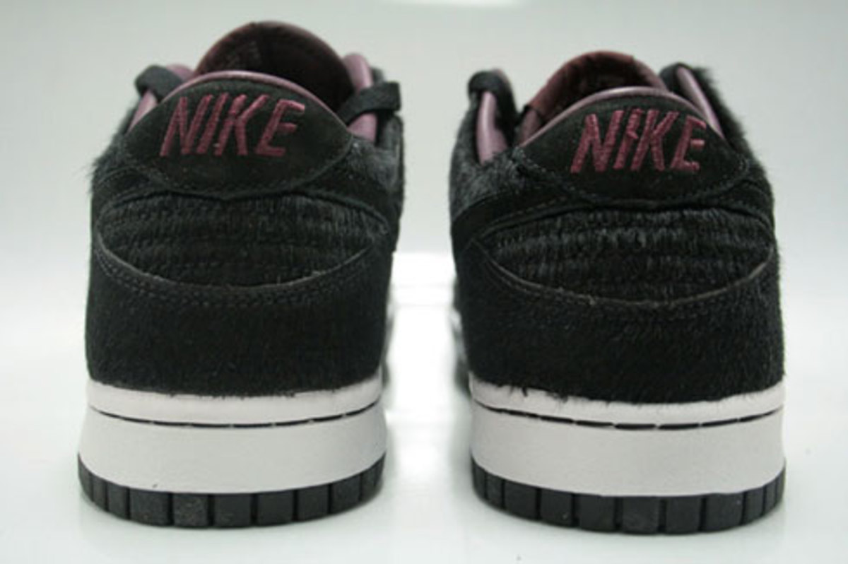 WMNS Dunk Low Premium - Horse Pack - Black - 3