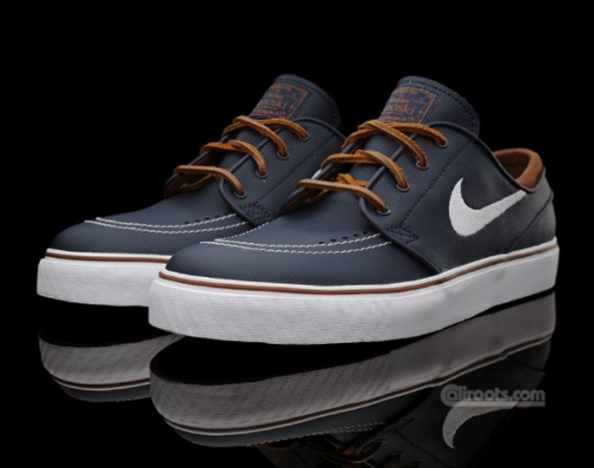 outlet store 73a61 75b61 nike-sb-stefan-janoski-obsidian-leather-2