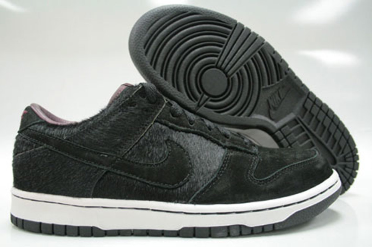 WMNS Dunk Low Premium - Horse Pack - Black - 1