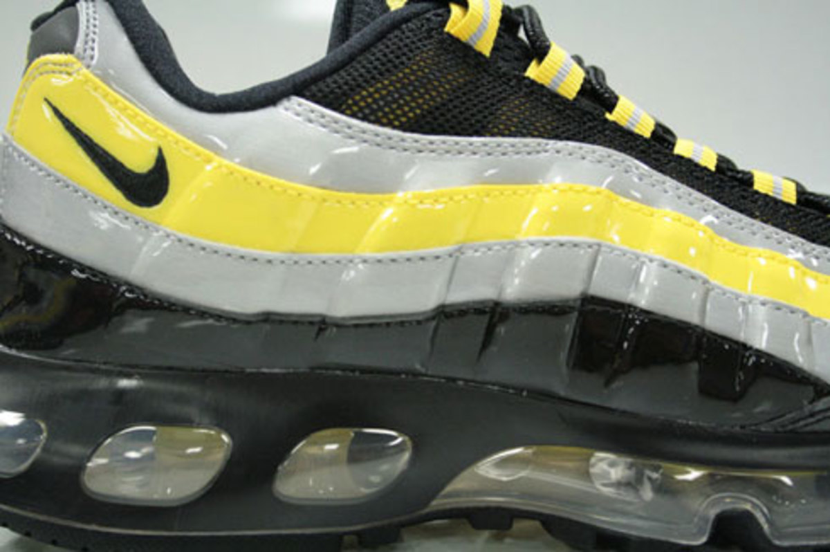 Nike Air Max 95 360 Hybrid - Black, Zest, Silver Patent - 4