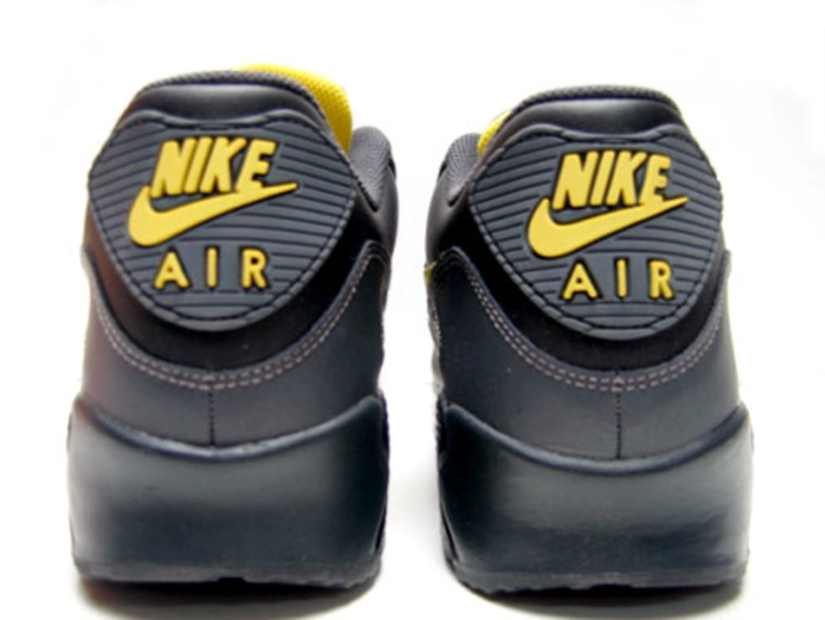 finest selection 3dd85 5195d Nike Air Max 90 LE - Black, Zest, Anthracite - 2