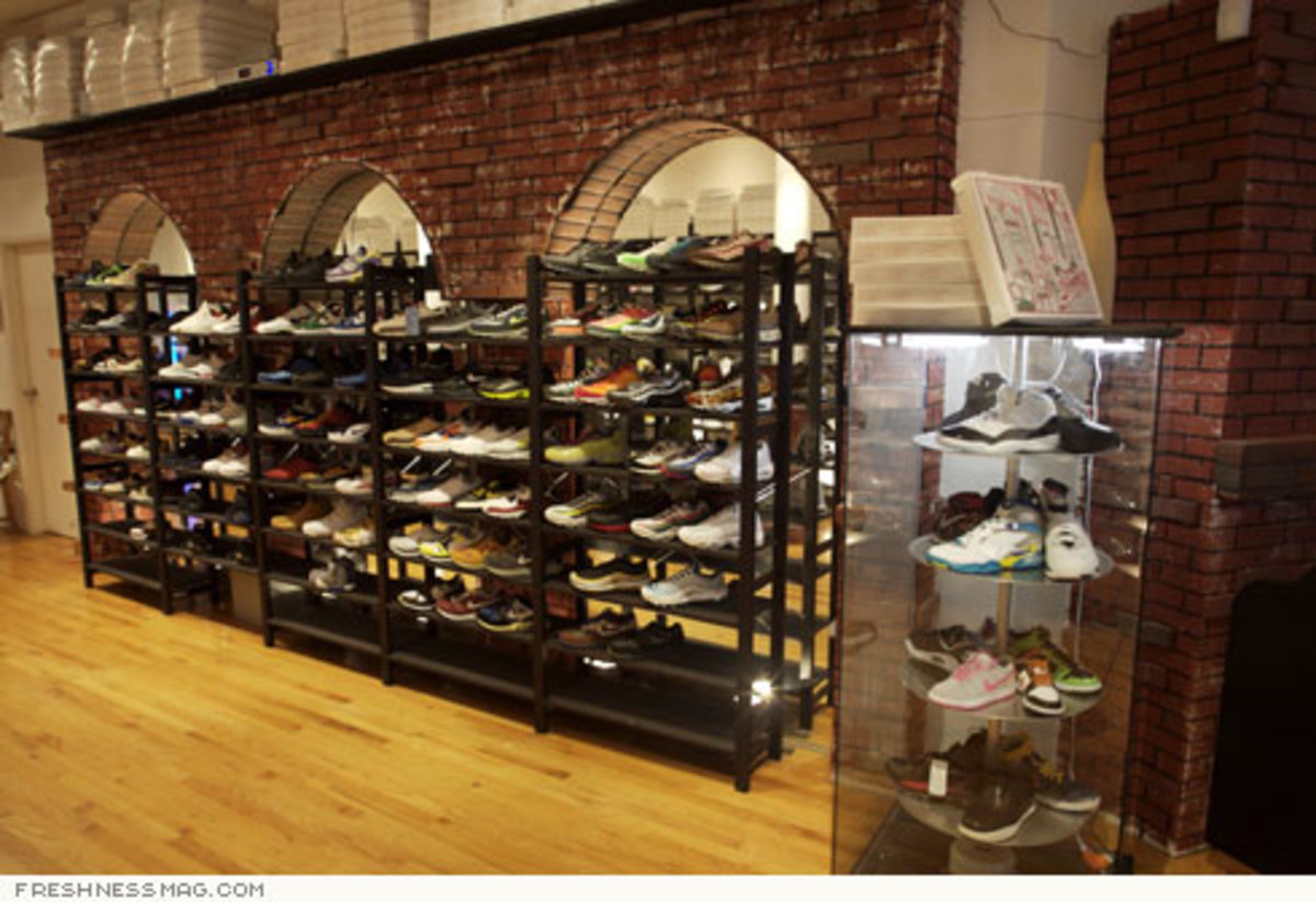 Just Opened: La Pizza Sneaker Shop - Grand St, NYC - 4