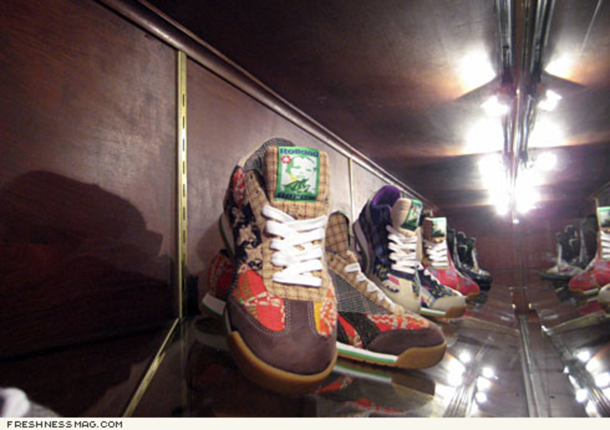 Rolland Berry x Reebok - 200 Pairs of One-Of Sneakers - 0