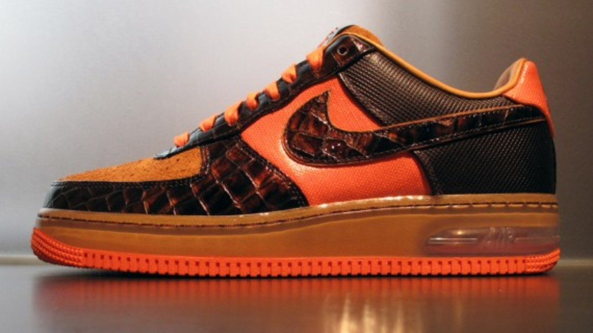nike-air-force-1-bespoke-by-anthony-terry-1