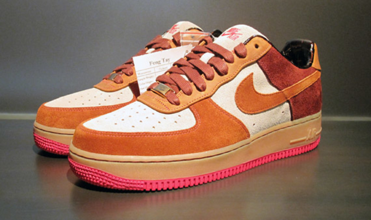 nike-air-force-1-bespoke-by-smiley-2