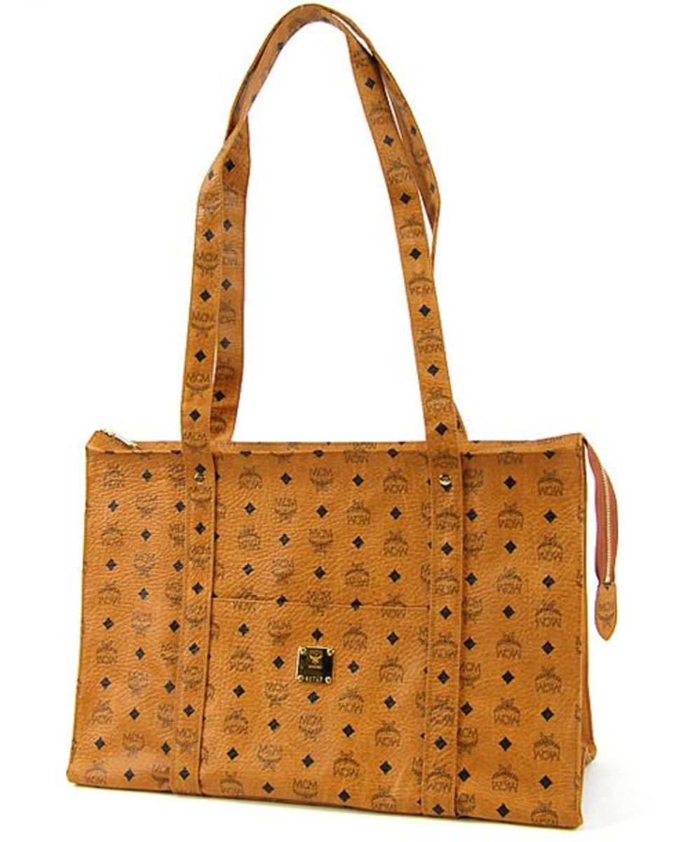 mcm-shopping-bag-01.jpg
