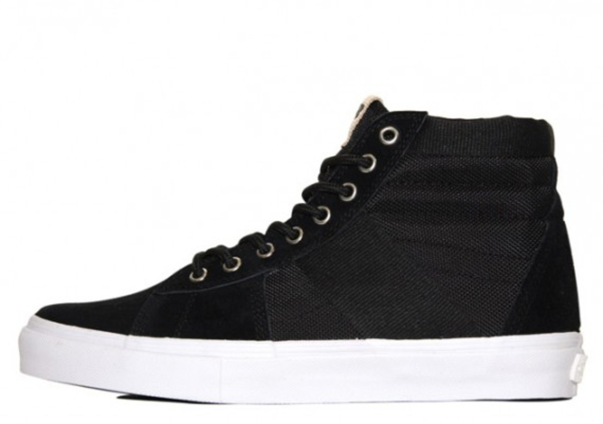 vans-vault-spring-2010-available-undftd-4