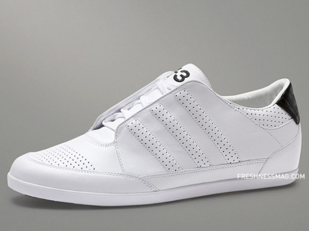 2e89748dd Y-3 – Spring Summer 2010 – Sneaker Collection