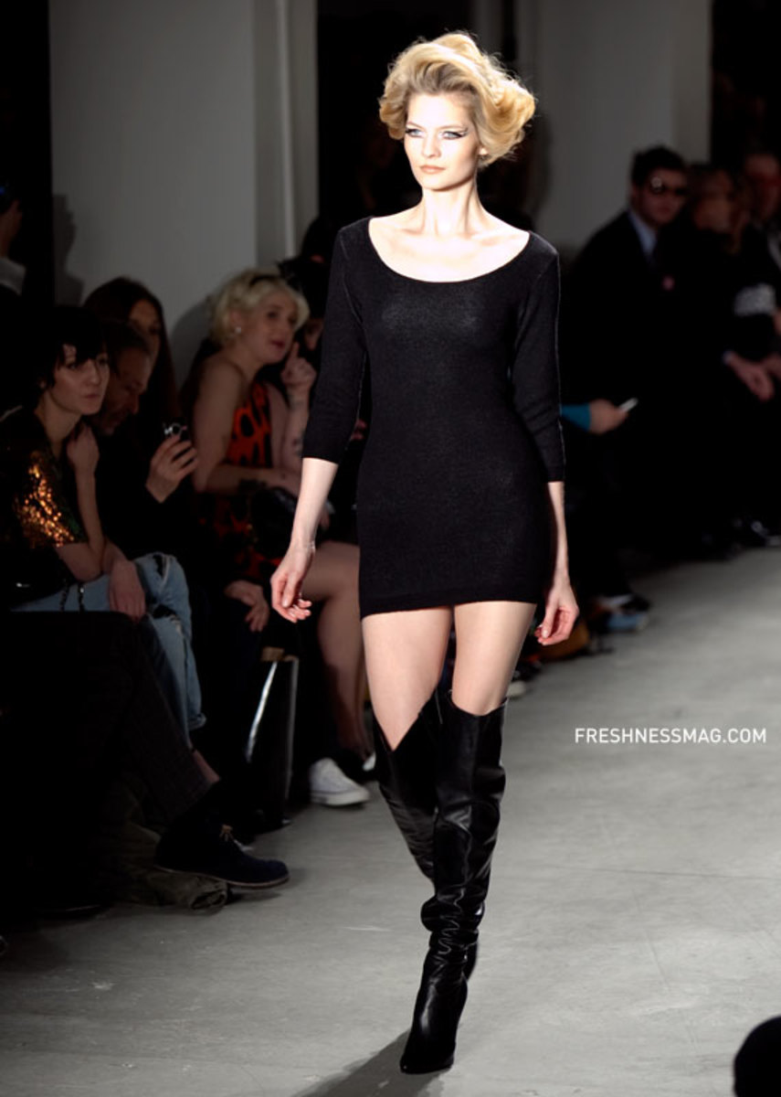 jeremy-scott-fall-winter-2010-13