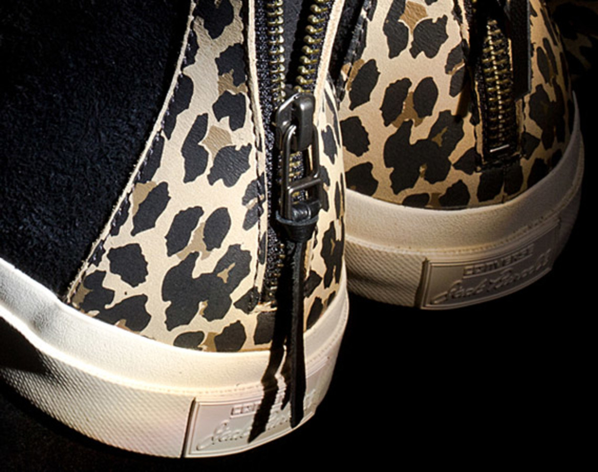 invincible-x-converse-first-string-jack-purcell-johnny-03