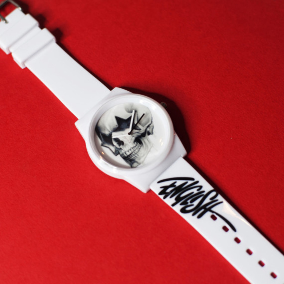 flud-ron-english-fall-2013-watch-collection-07