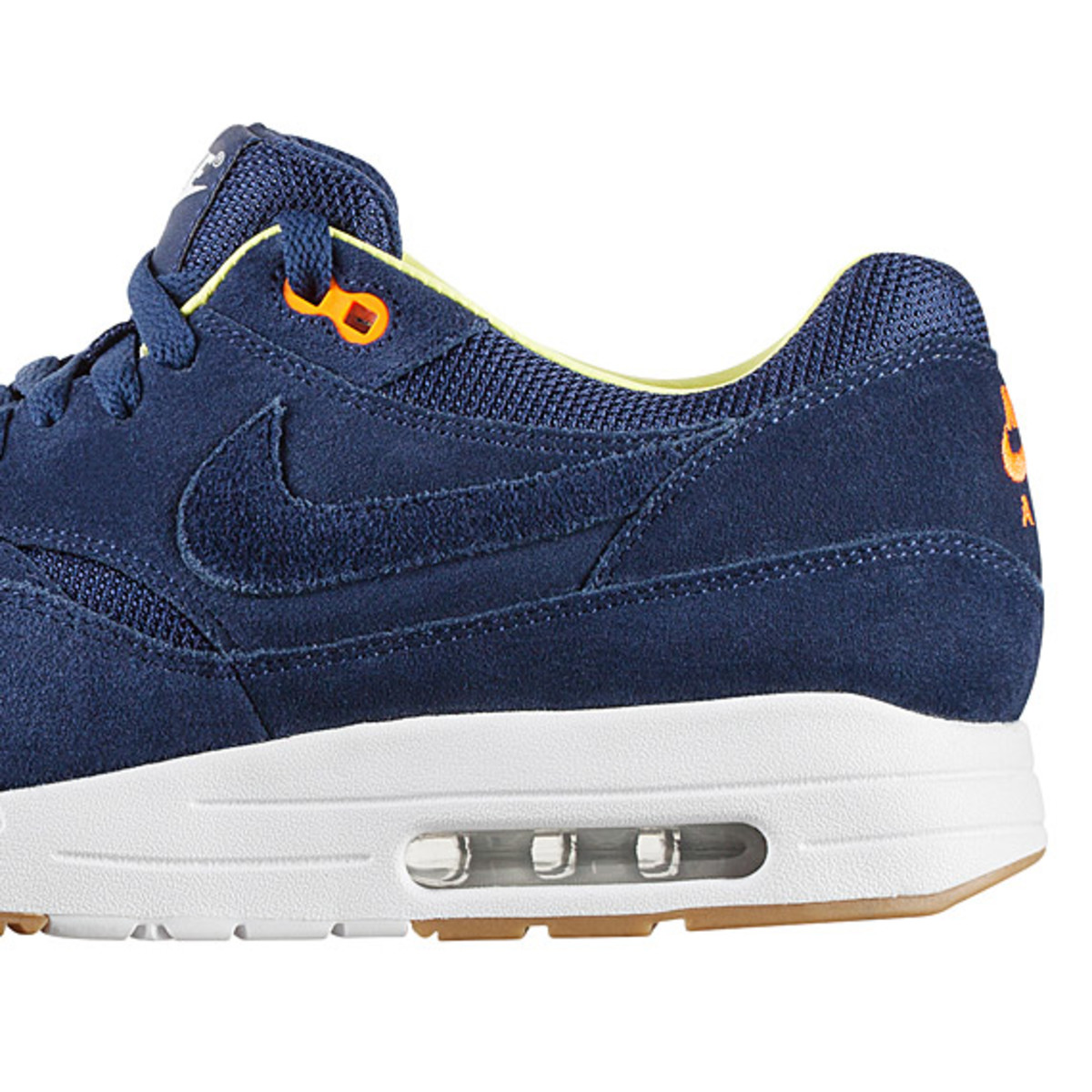 a-p-c-nike-air-max-1-fall-winter-2013-collection-06