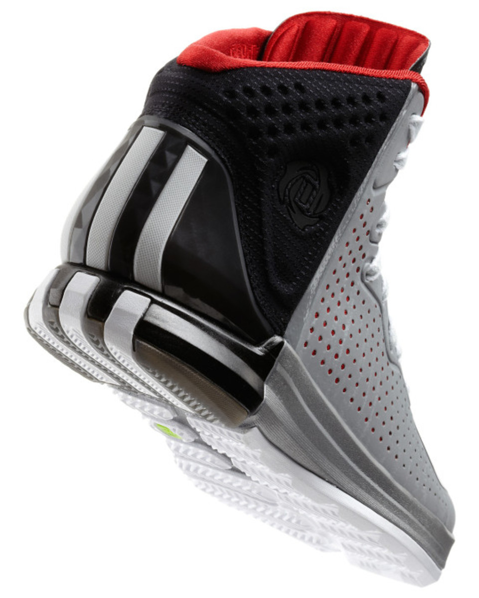 adidas-d-rose-4-and-apparel-collection-unveiled-08