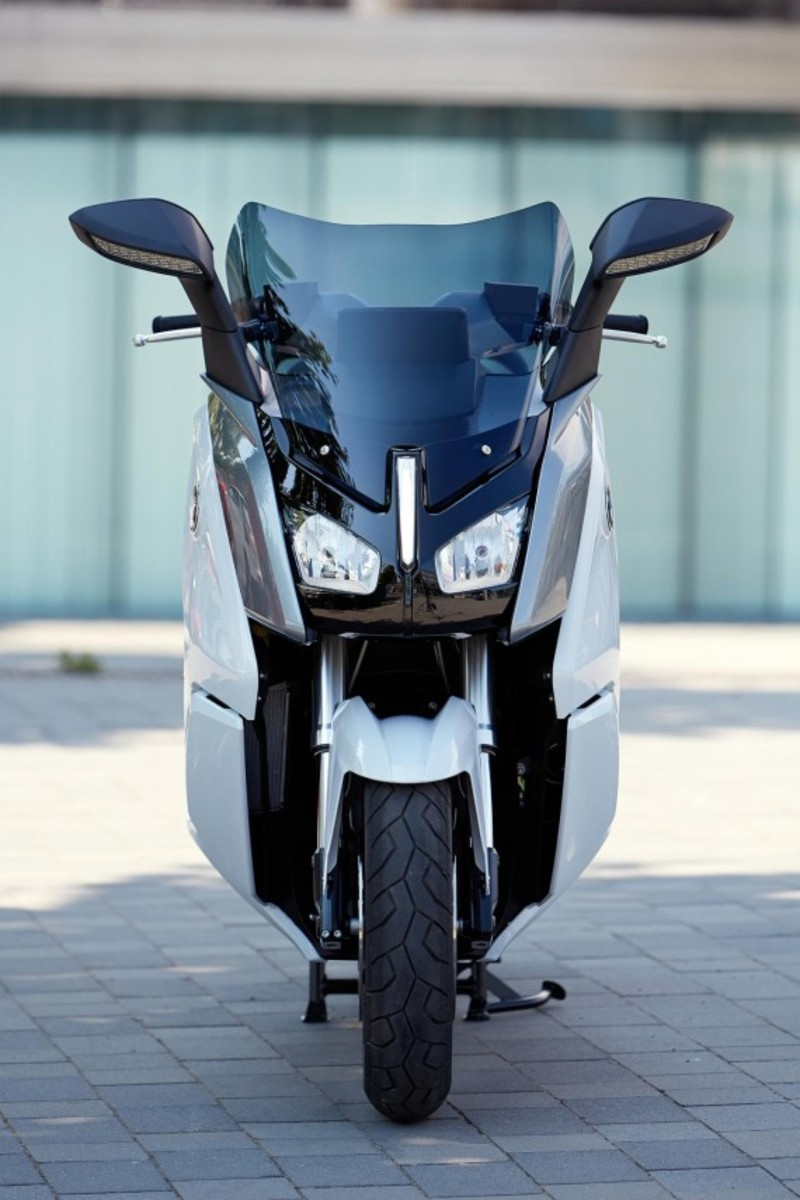 bmw-c-evolution-electric-scooter-39