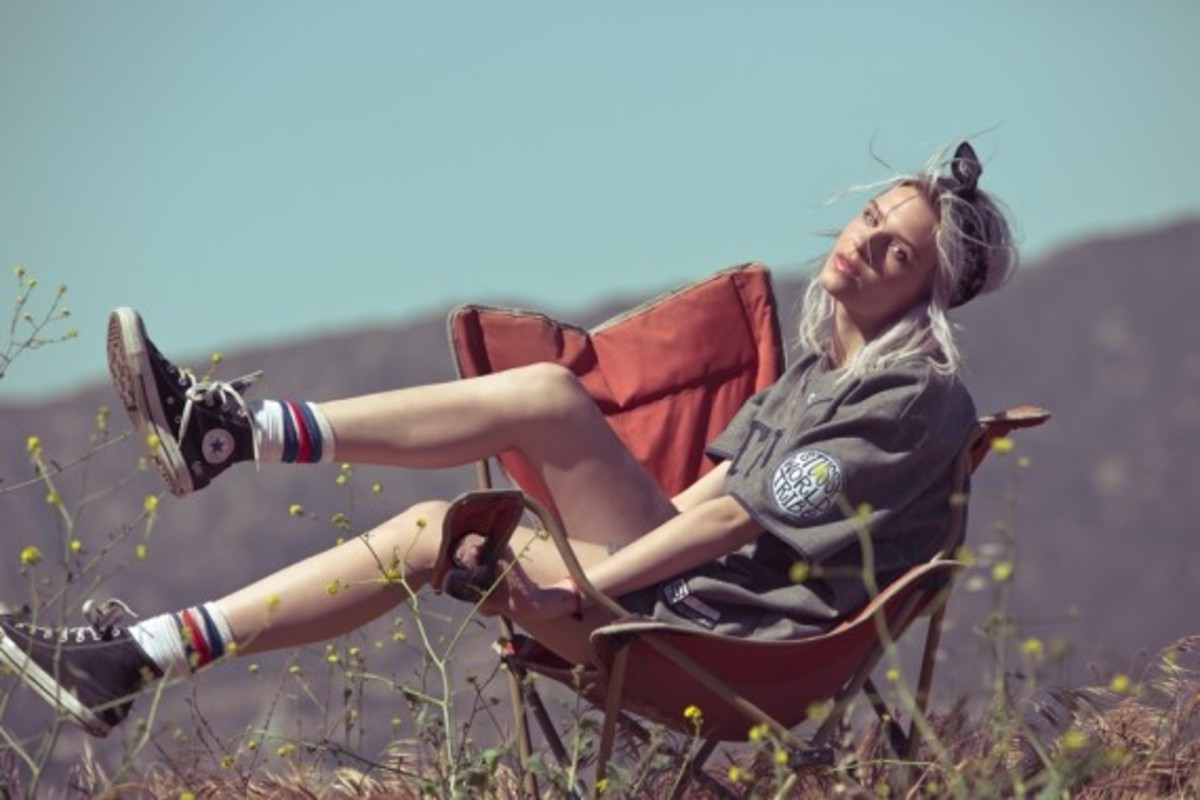 stussy-womens-fall-2013-collection-lookbook-02