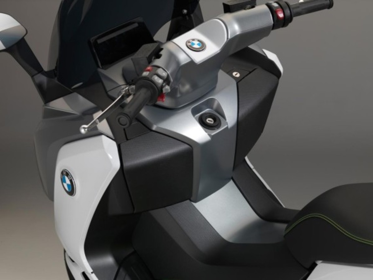 bmw-c-evolution-electric-scooter-09