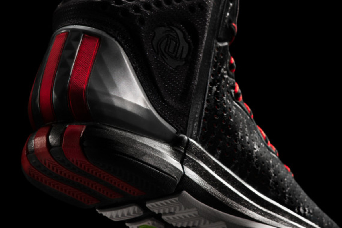 adidas-d-rose-4-and-apparel-collection-unveiled-15