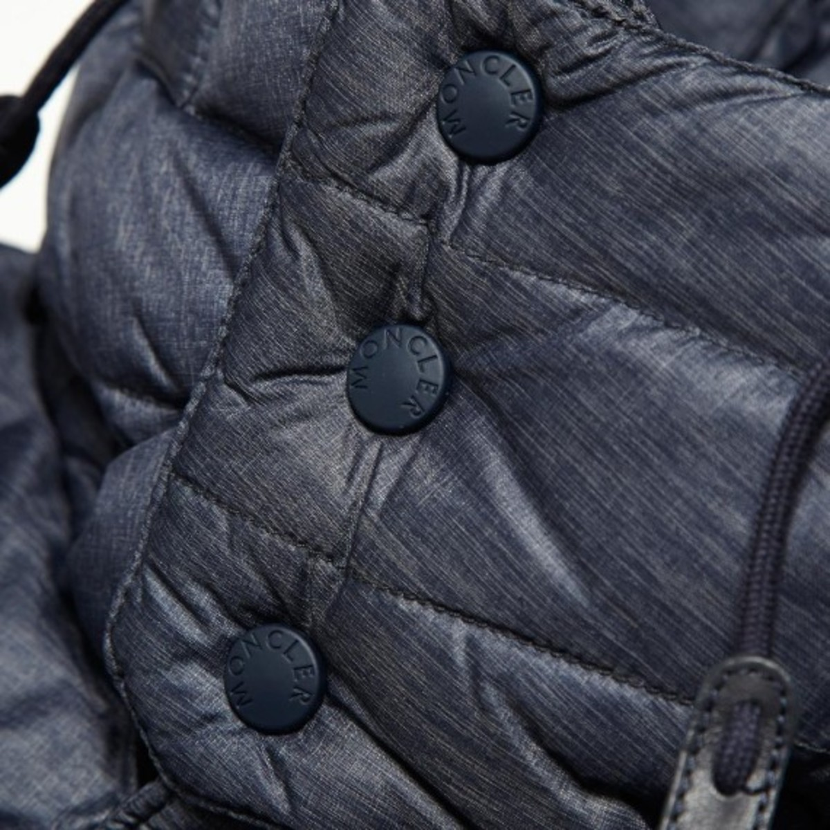 moncler-w-white-mountaineering-havoc-technical-chambray-down-parka-jacket-04